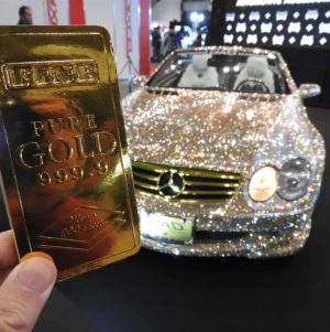 金塊メモ帳を東京オートサロンで撮影してきた