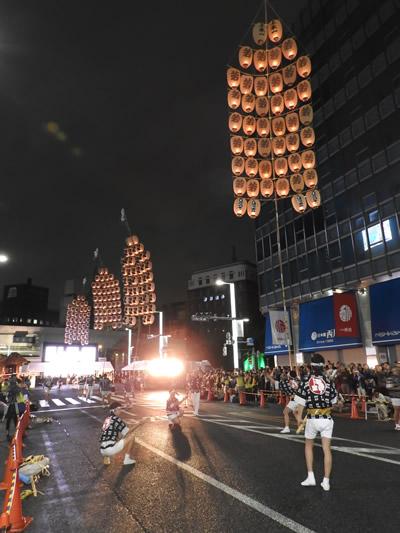 秋田市竿燈まつり 日本橋